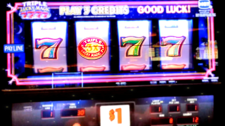 Lucky 7's Slot Machines